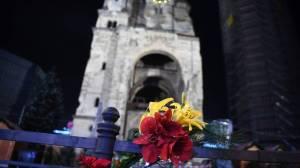 flores-en-atentado-lugar