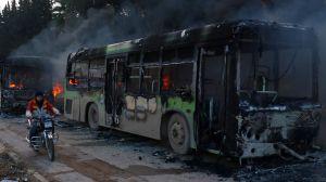 rebeldes-como-responsables-del-ataque-a-los-autobuses