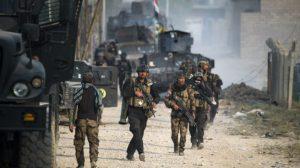 Soldados de las fuerzas de elite iraquíes en las calles de Mosul