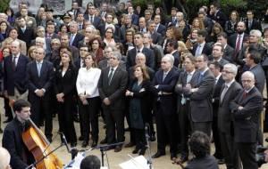 antoni-vives-junto-a-miembros-del-gobierno-en-la-inauguracion-de-una-exposicion-en-2014